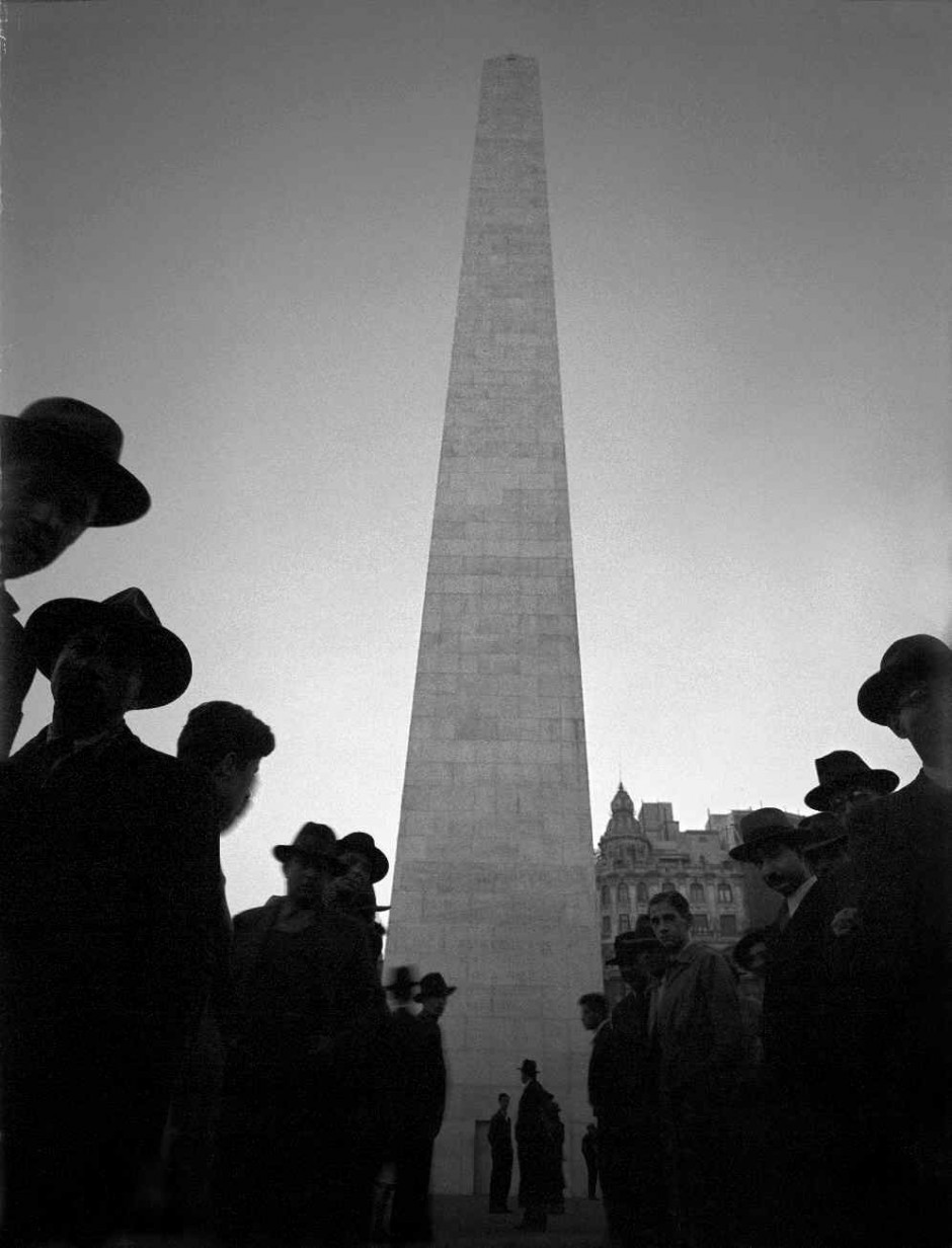 © Horacio Coppola - 'Obelisco' 1936