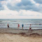 Foto semanal: Gente en la playa de Antonio Martínez Corral (semana 14)
