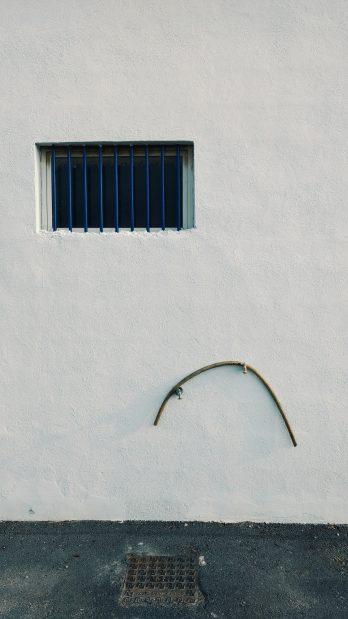 'ITV - Triste fachada' de Antonio Martínez Corral