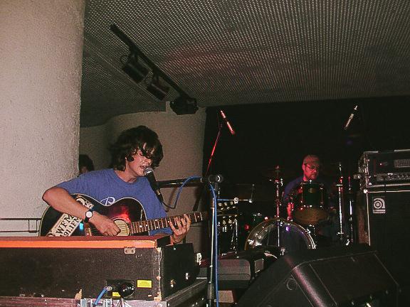 Gorky's Zygotic Mynci (GZM) en directo en Planta Baja (Granada) el 11 de abril de 2002