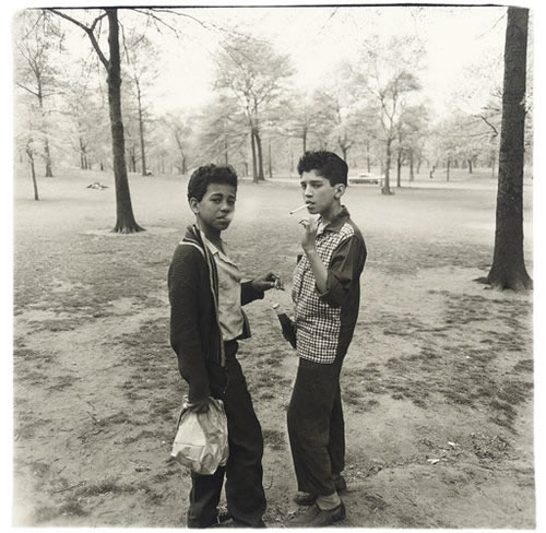 Two boys smoking in central park (Diane Arbus)