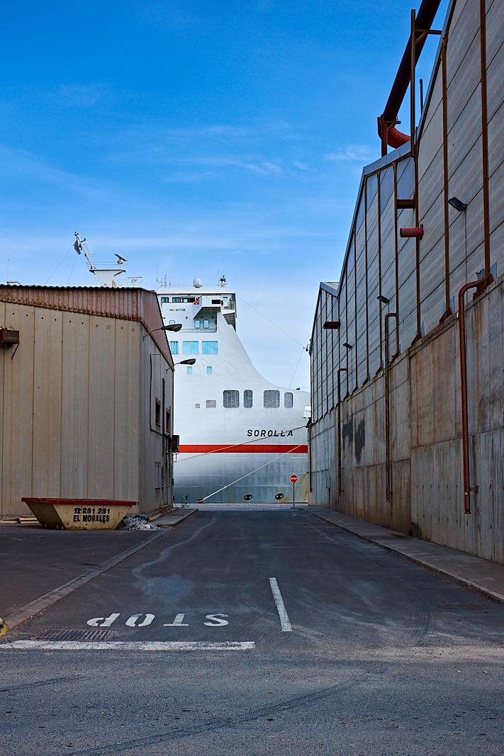 Foto 12 del puerto de Almería: Sorolla (ferry)