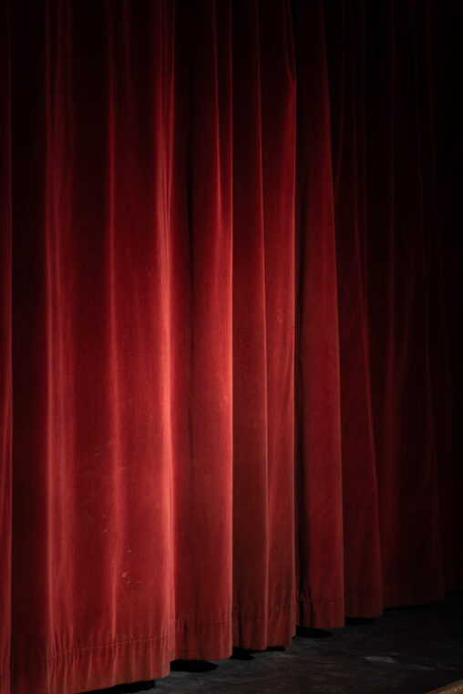 The curtain hits the cast, una foto de Antonio Martínez para instantes.net